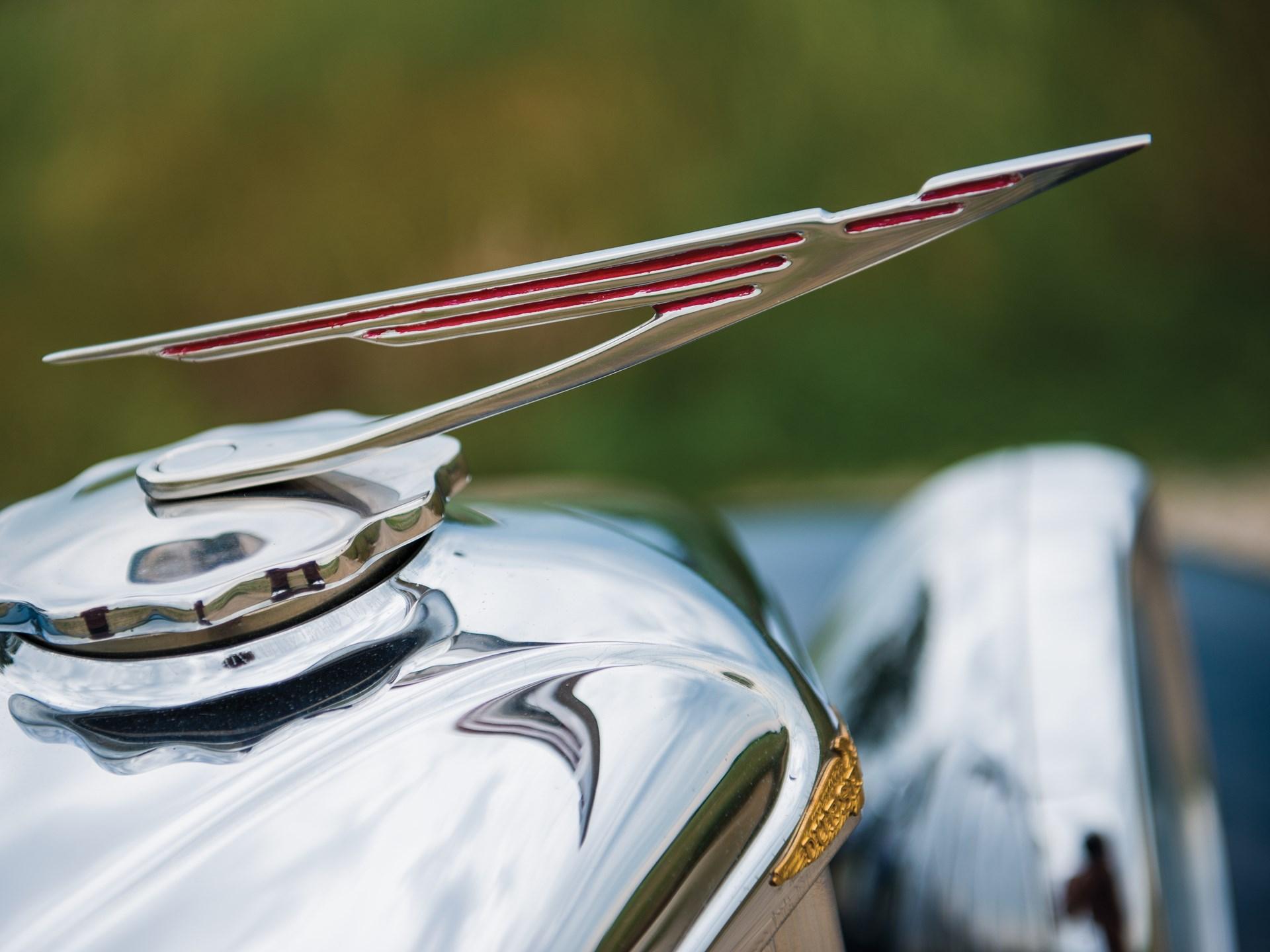 1935 Duesenberg Model J Cabriolet by d'Ieteren