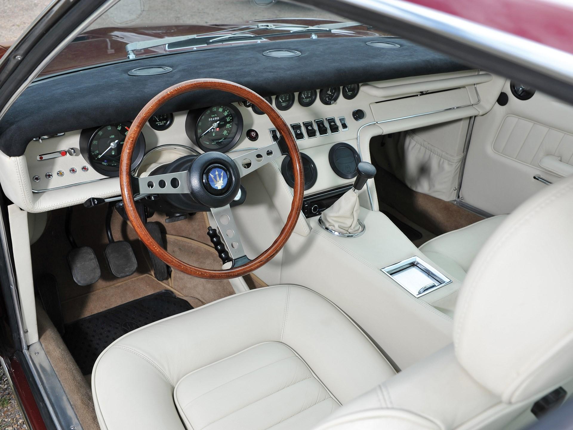 1970 Maserati Ghibli SS 4.9 Coupé by Ghia