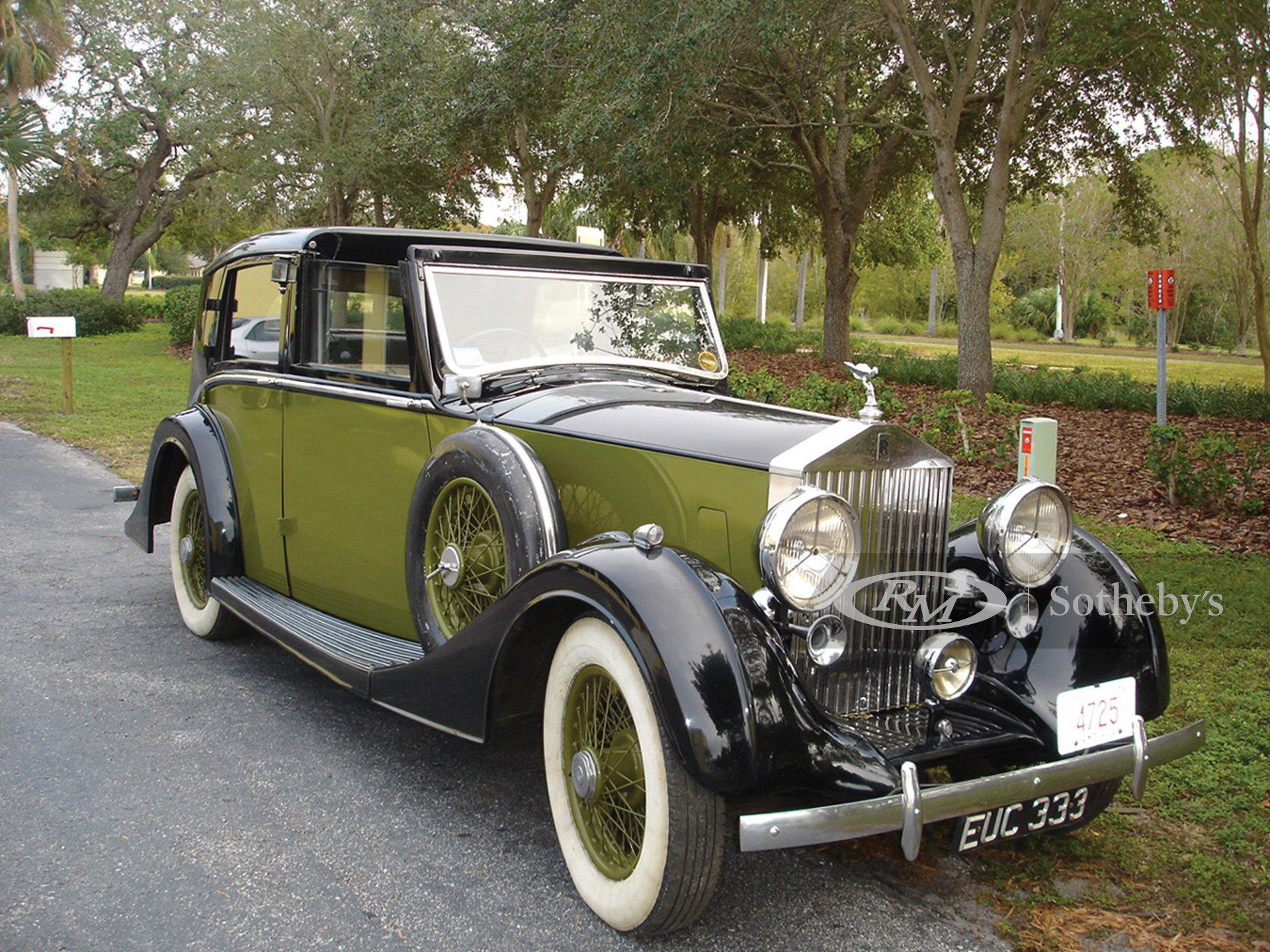 1939 Packard Convertible