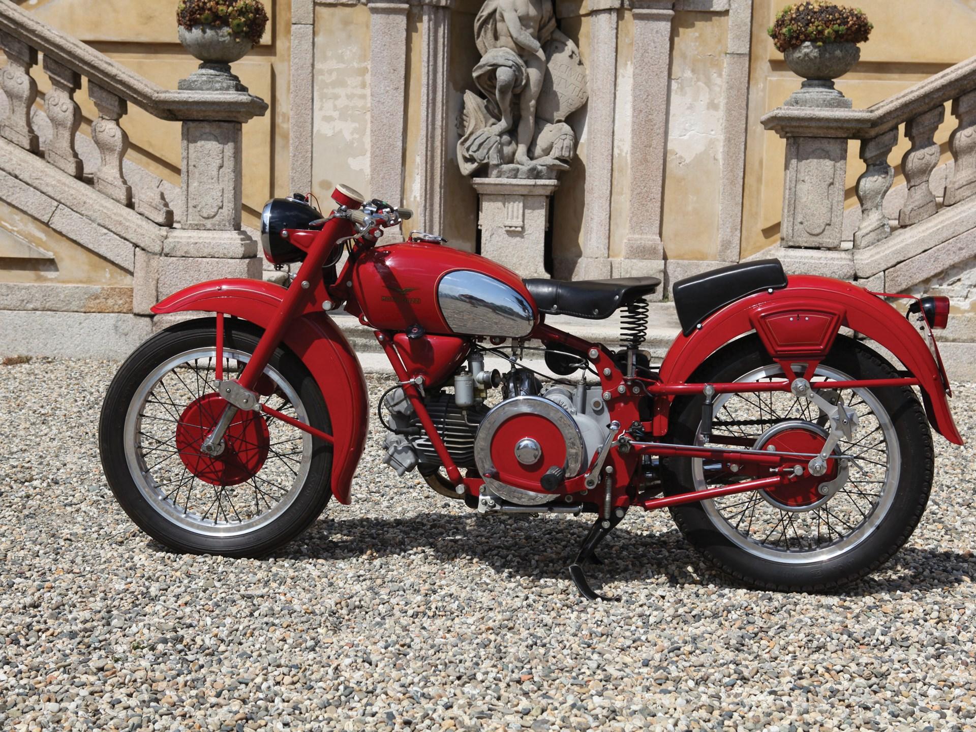 1954 moto guzzi, airone militare 250 | Hessinks Auctioneers