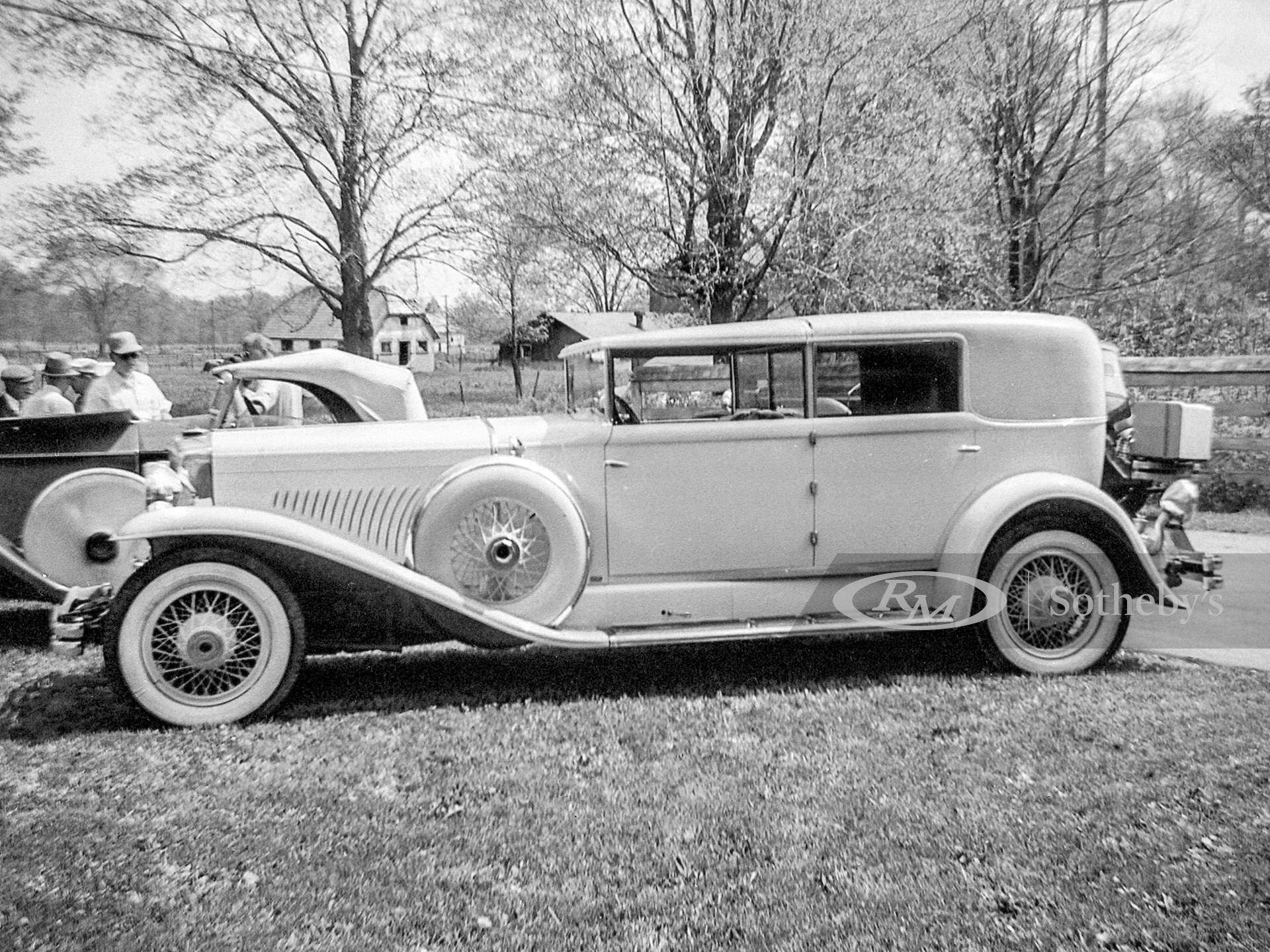 1934 Duesenberg Model J Town Car by Murphy