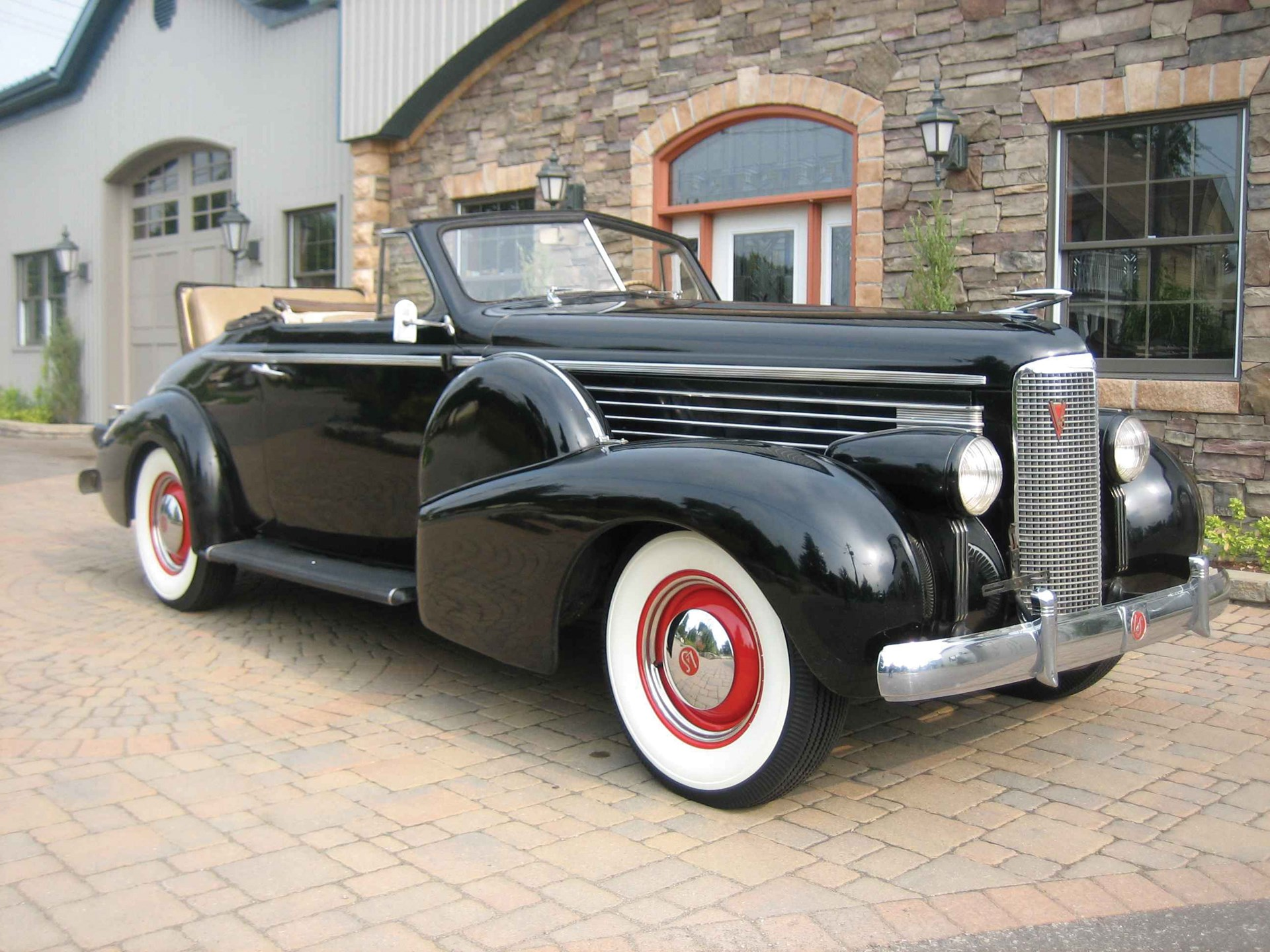 Classic Car Auctions In Toronto