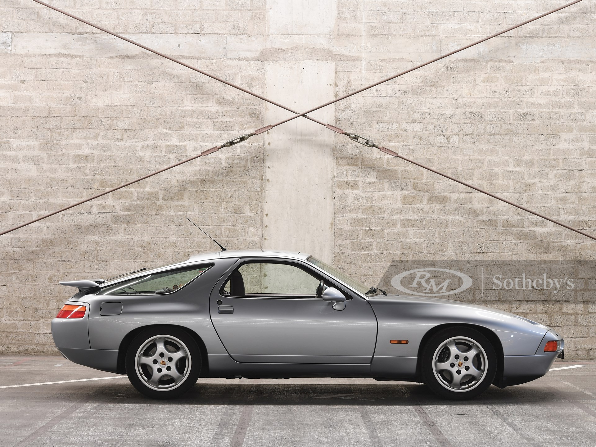1992 Porsche 928 GTS  -