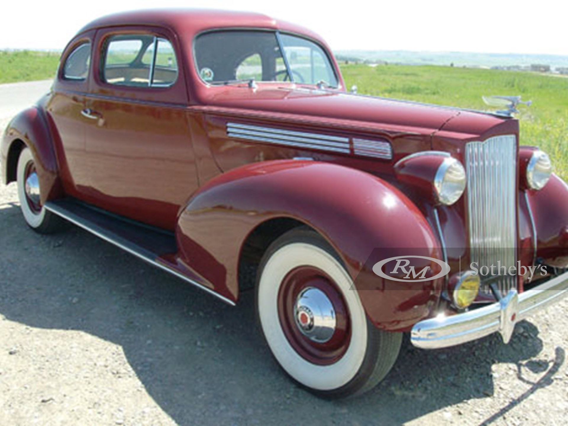 1939 Packard 120 Business Coupe