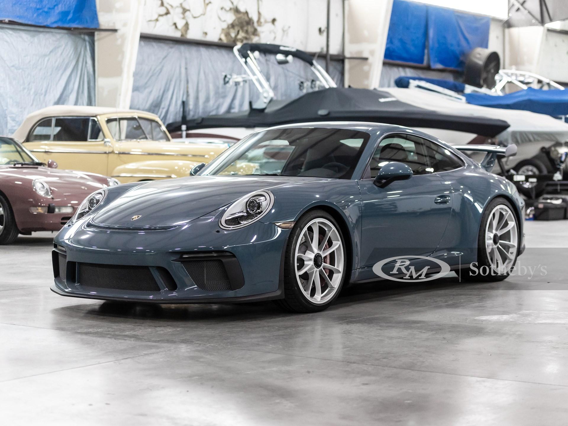 2018 Porsche 911 GT3  -