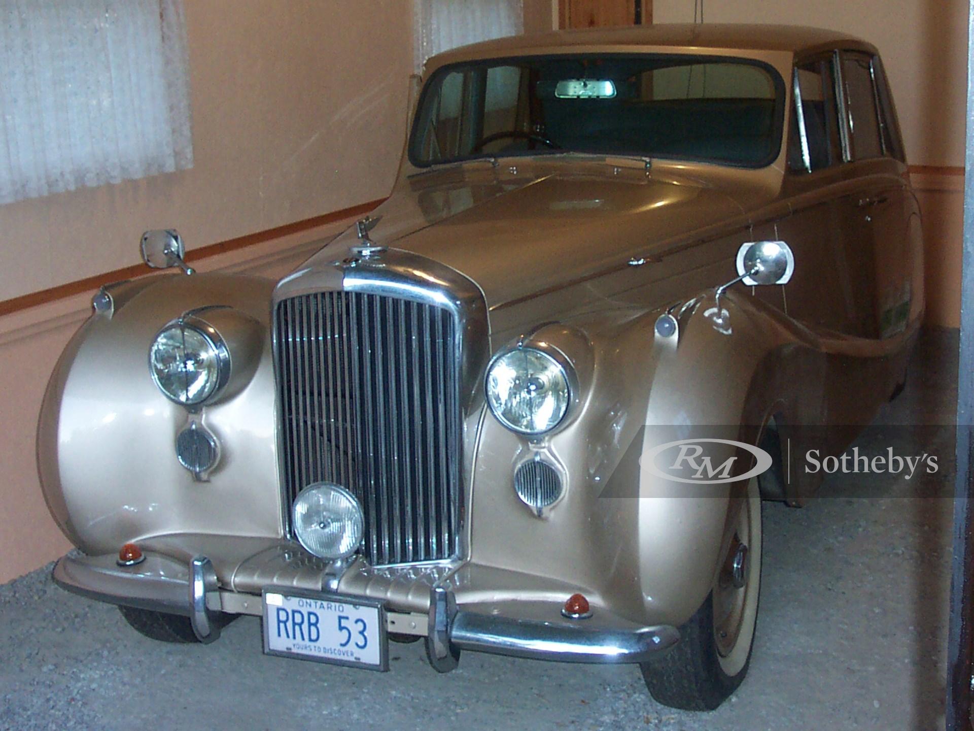 1953 Bentley Mark VI R-Type 4D