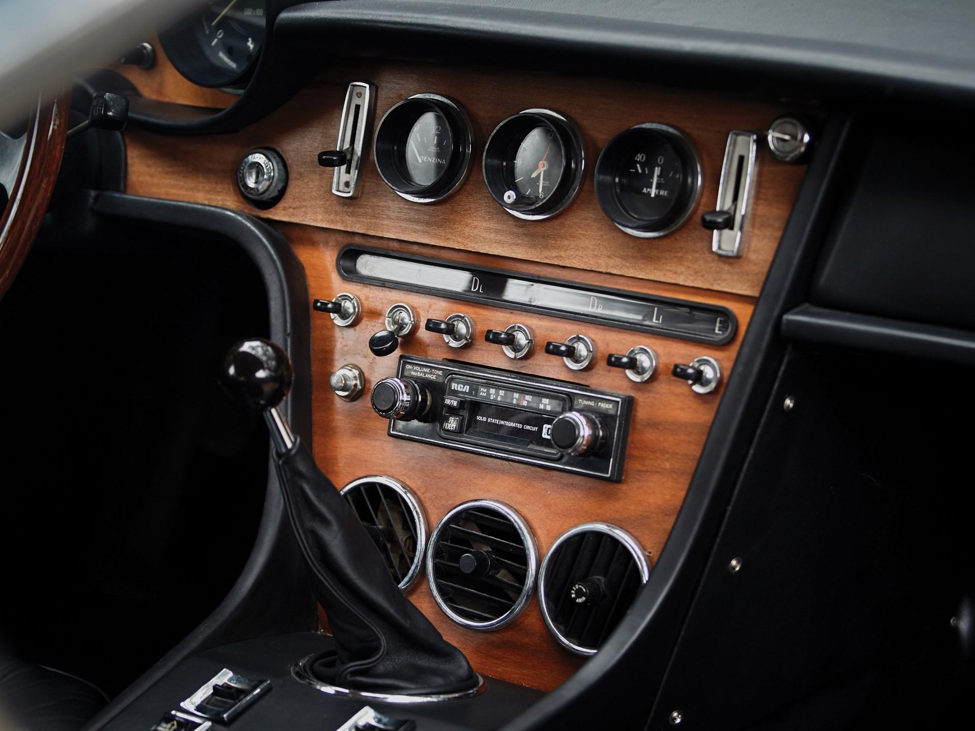 1969 Ferrari 365 GT 2+2 by Pininfarina