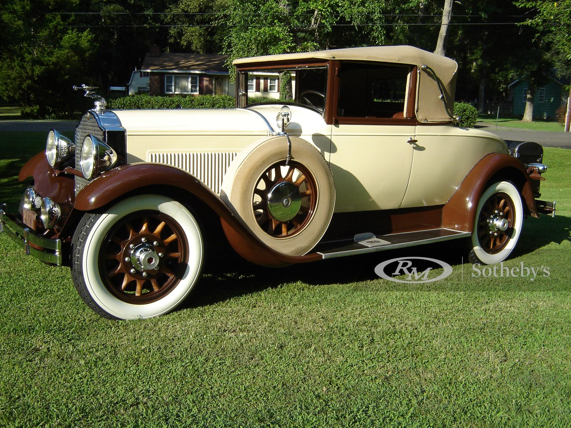 1929 Packard Eight 2/4-Passenger Convertible Coupe
