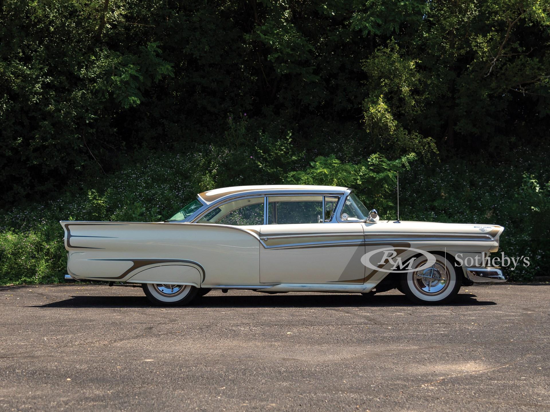 "1957 Ford Fairlane 500 ""White Pearl""  -"