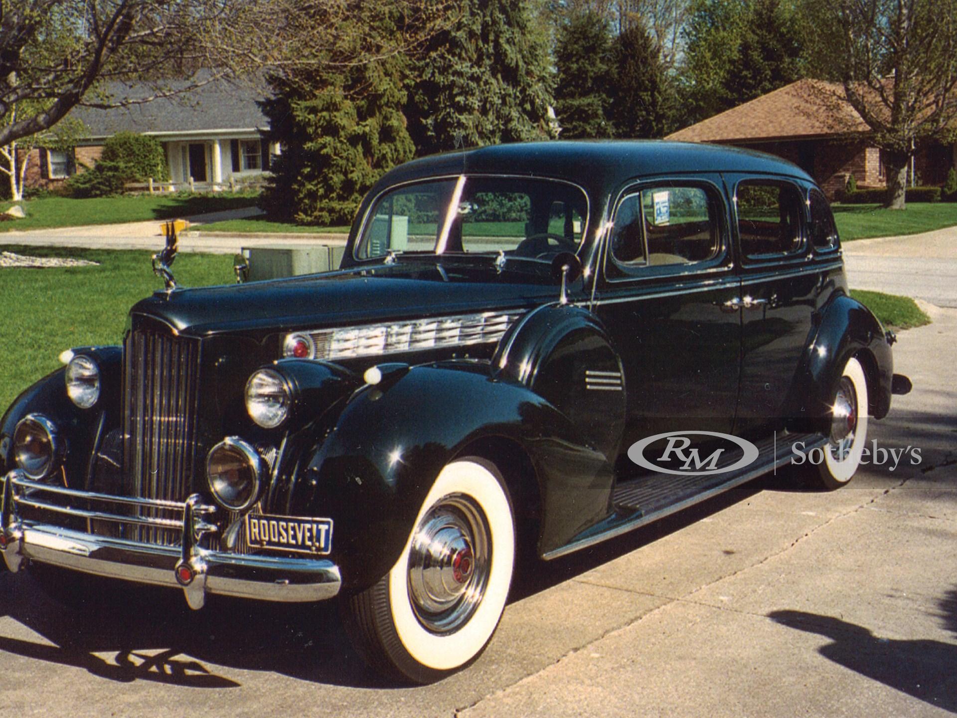 1940 Packard Super Eight
