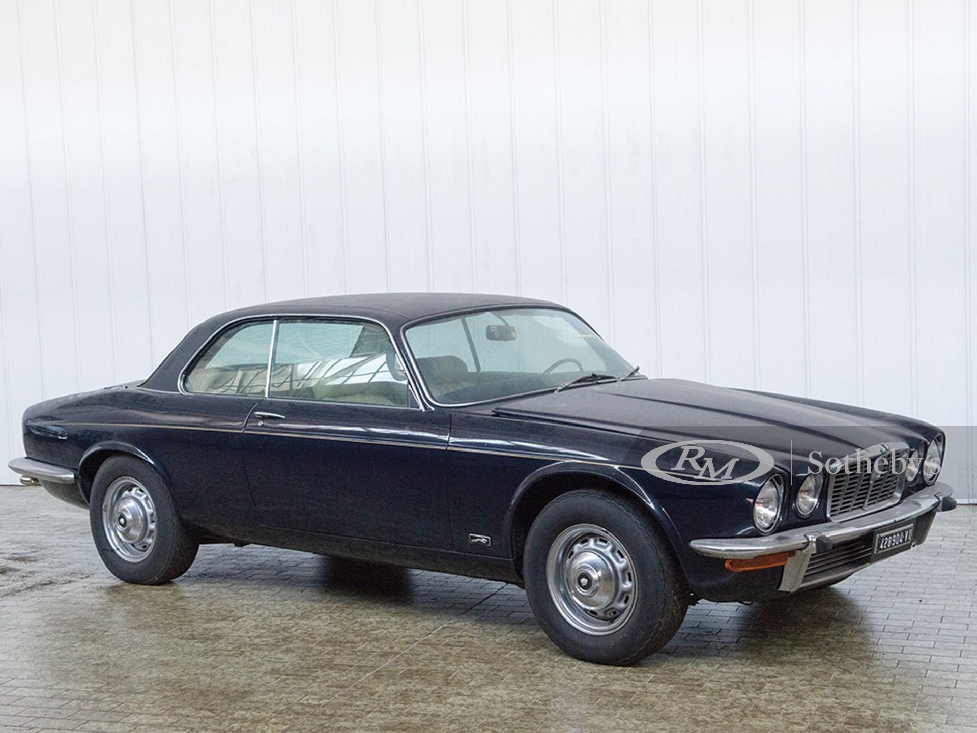 1976 Jaguar XJ12 5.3 Coupé   Duemila Ruote 2016   RM Auctions