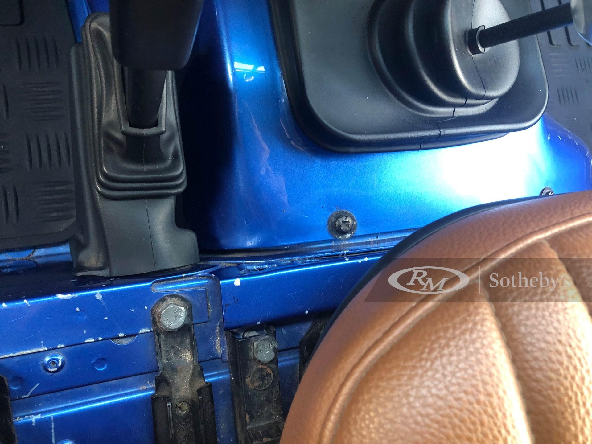 1990 Land Rover Defender 110  -