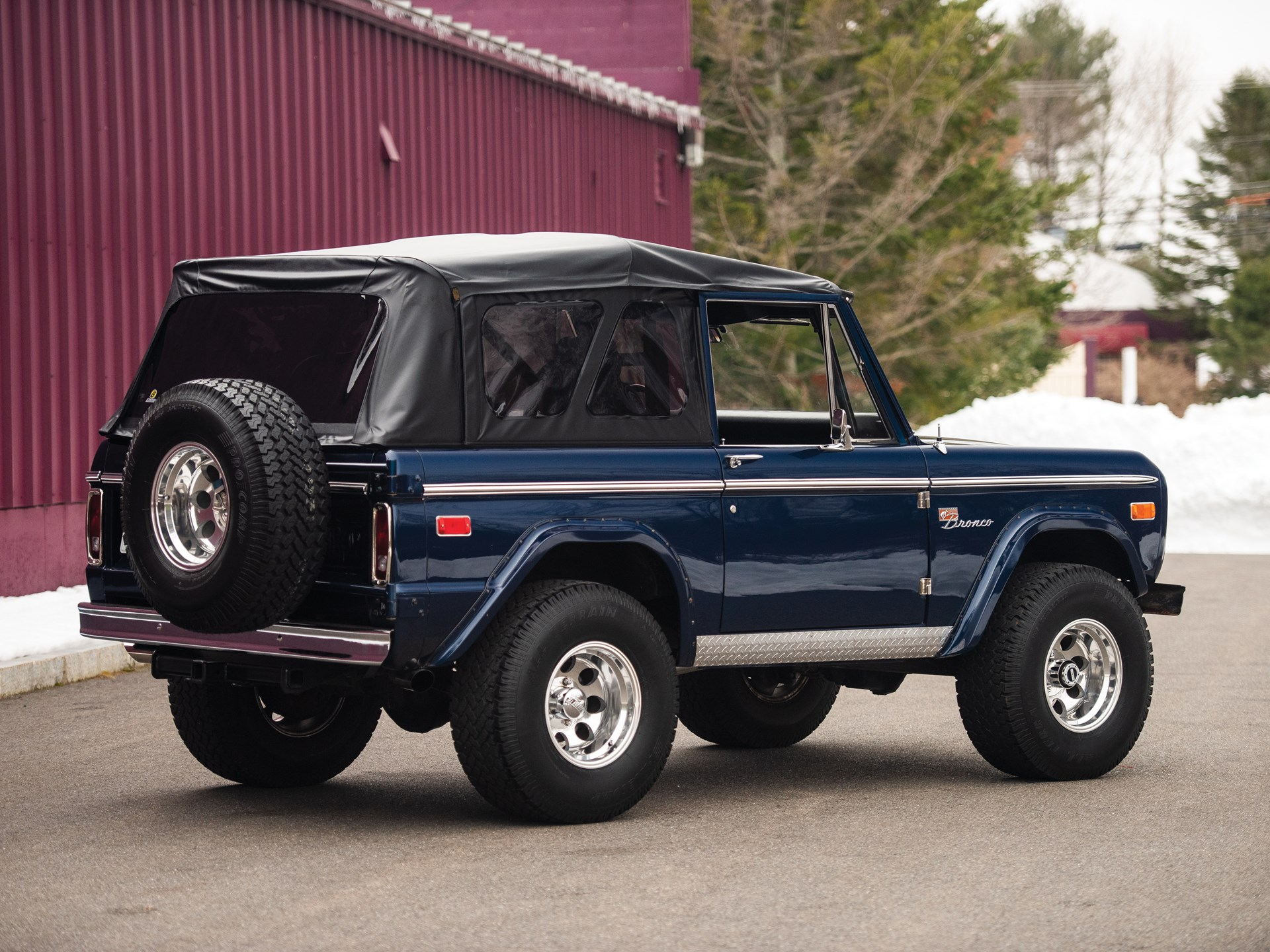 1975 ford bronco custom