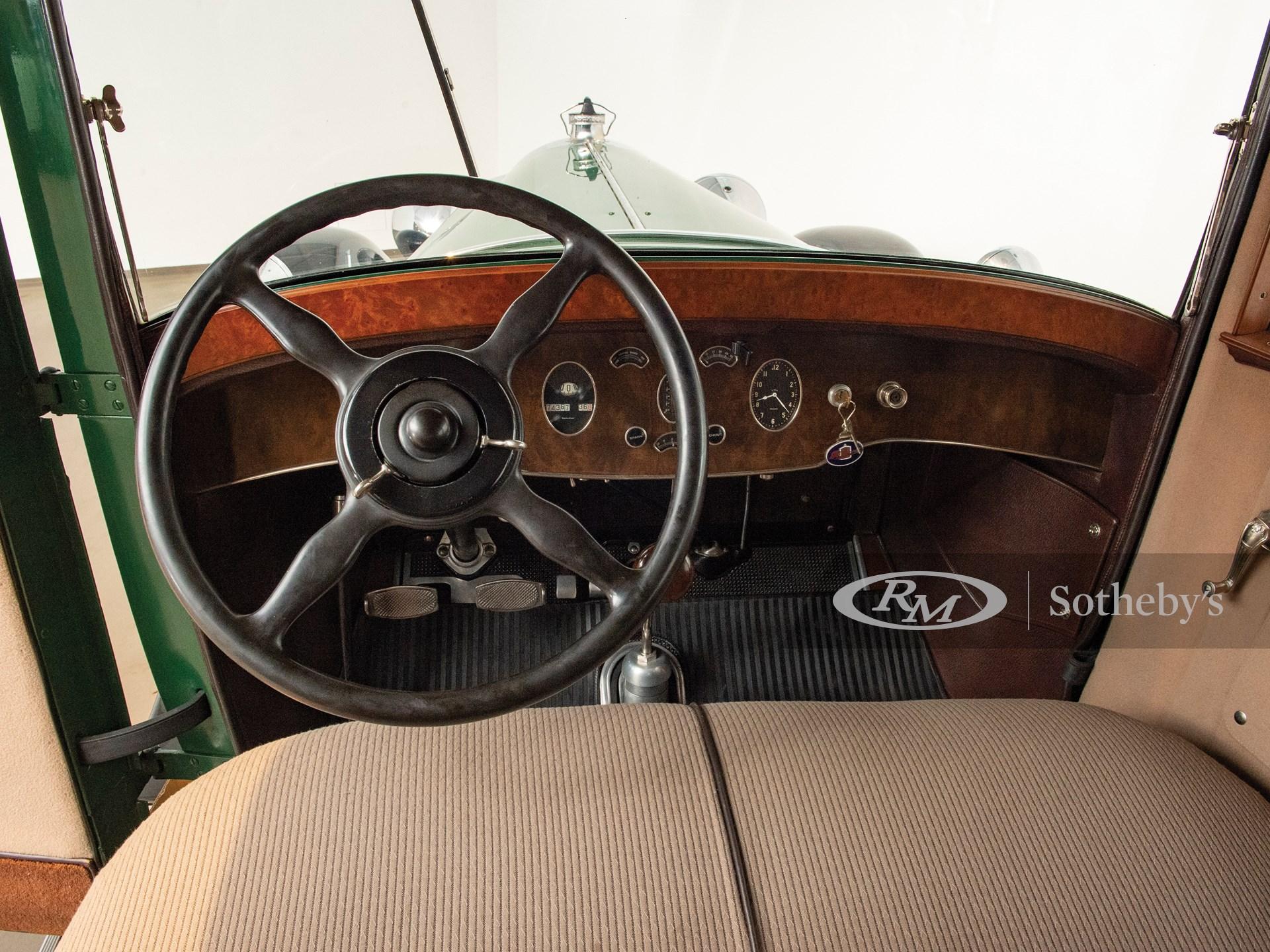 1929 Packard 640 Custom Eight Five-Passenger Club Sedan  -