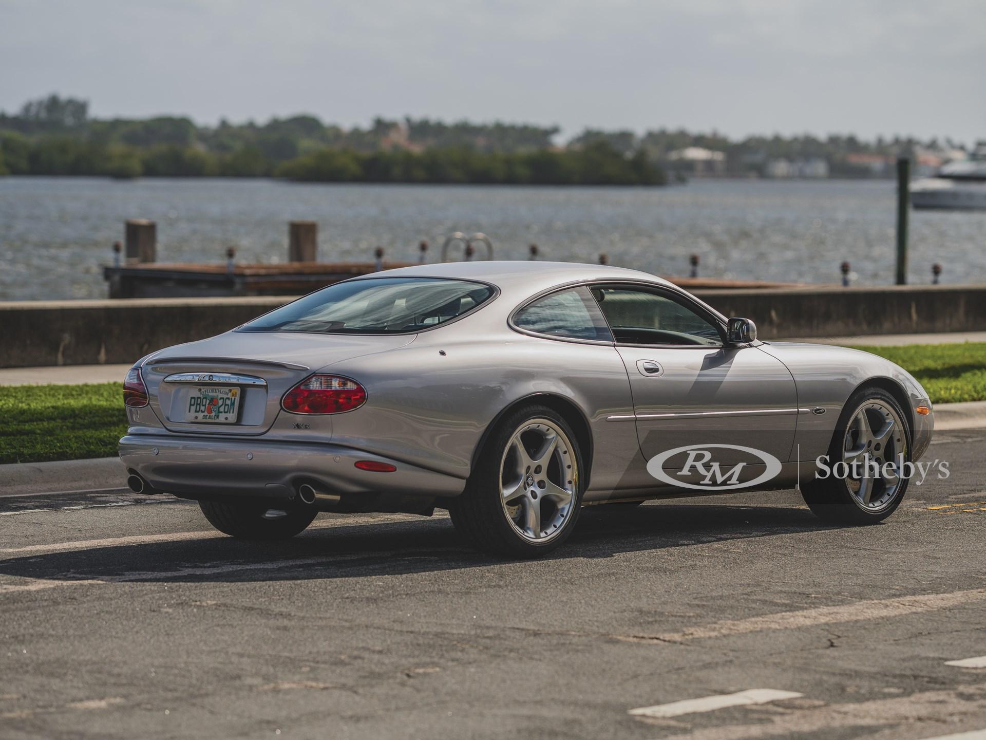 2001 Jaguar XKR Silverstone Coupe  -