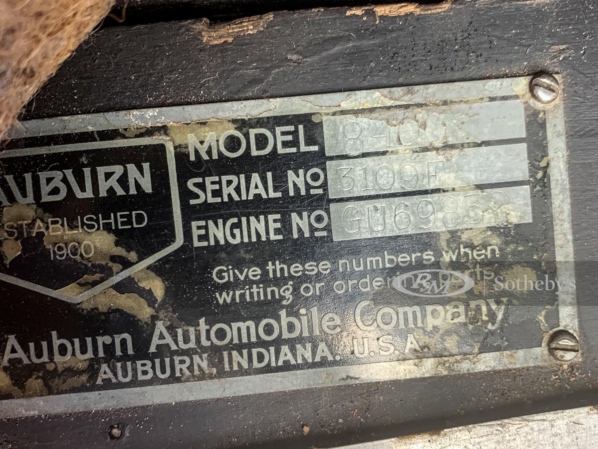 1932 Auburn Eight Custom Cabriolet  -