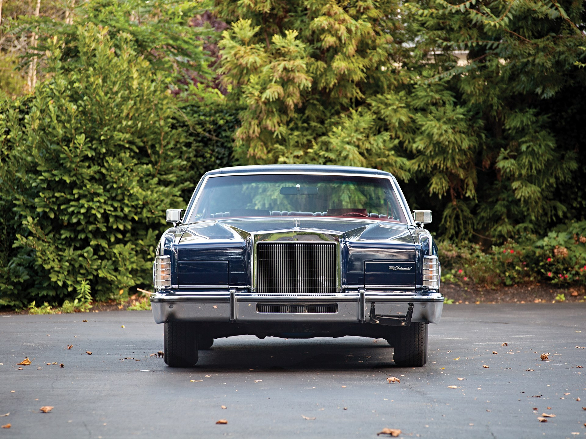 RM Sotheby's - 1977 Lincoln Continental Town Car | Hershey 2013