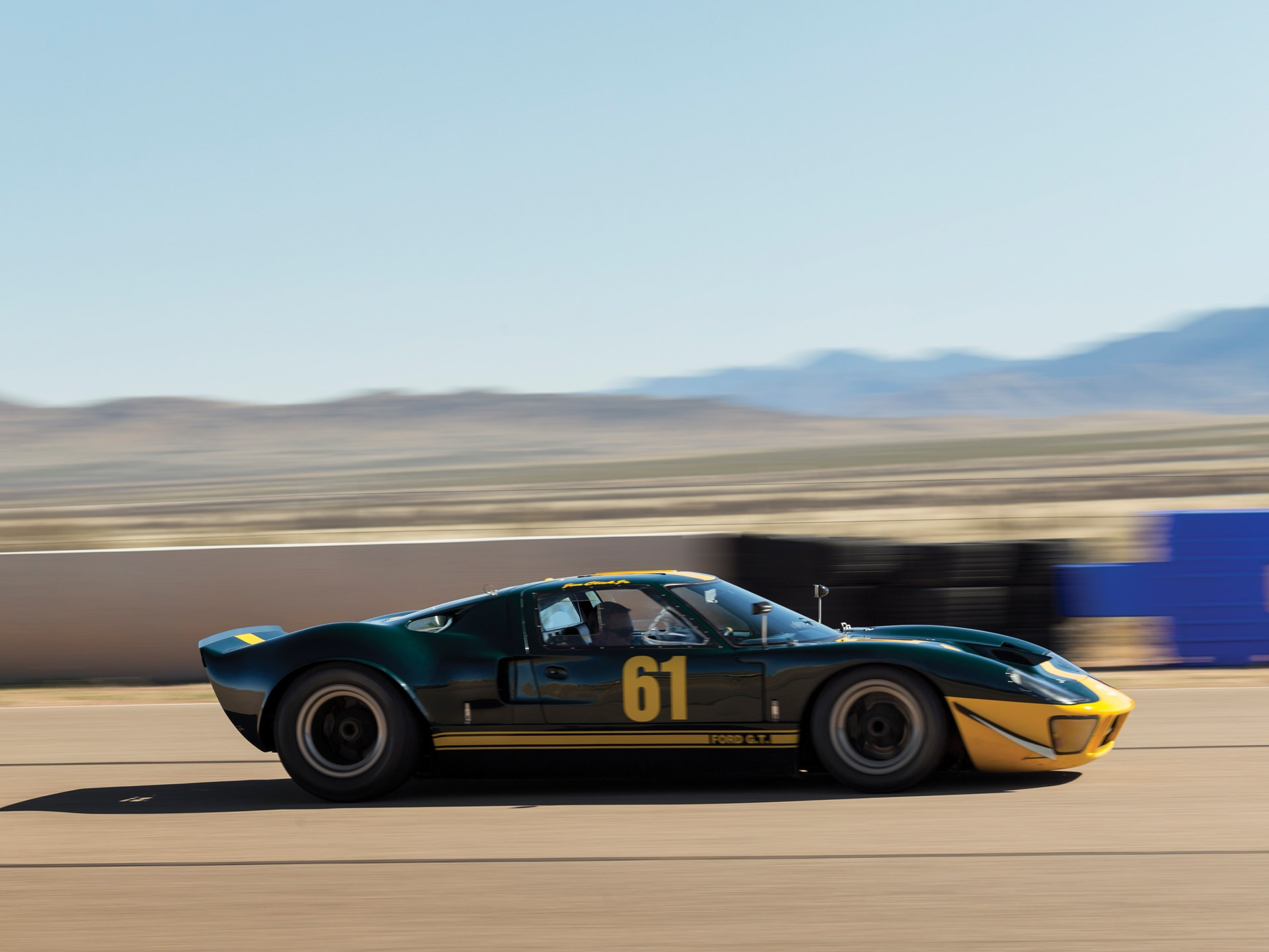 """1966 Ford GT40 """"P/1061"""""""