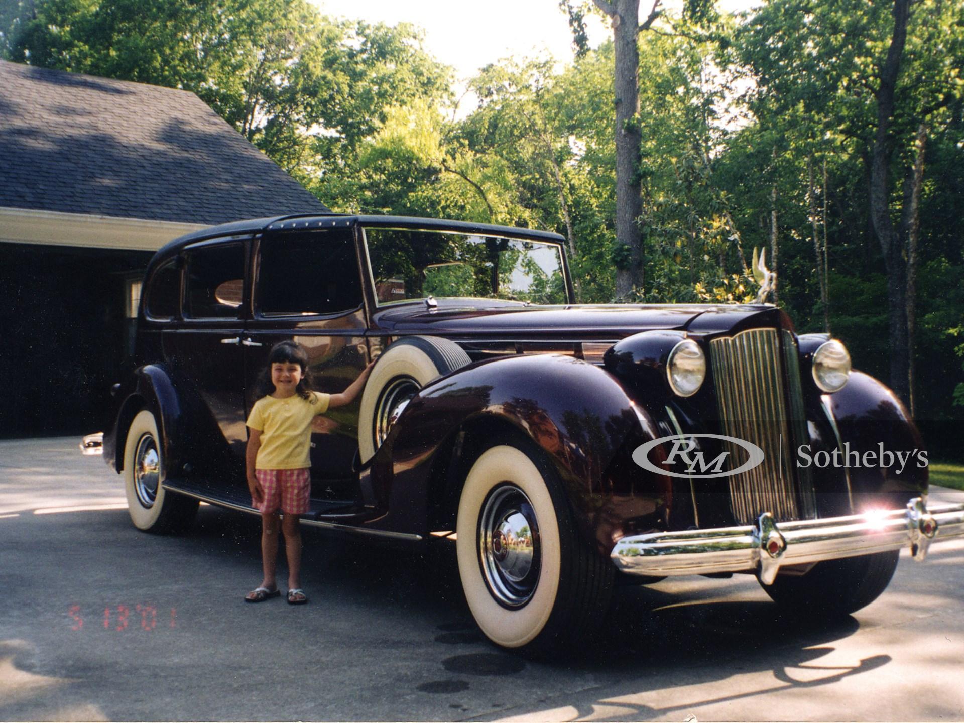 1938 Packard Twelve Town Cabriolet