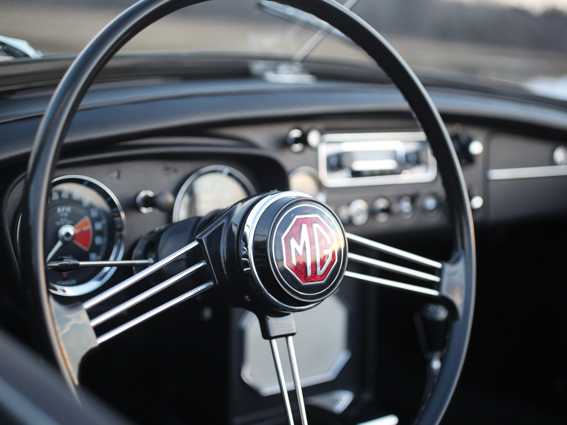 RM Sotheby's - 1967 MG MGB Roadster | Amelia Island 2017