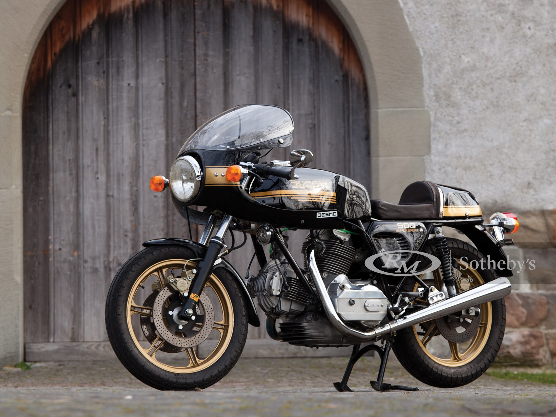 Ducati 900 SuperSport - Ten Things You Should Know