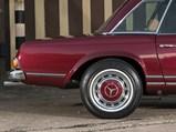 1967 Mercedes-Benz 280 SL 'Pagoda'  - $