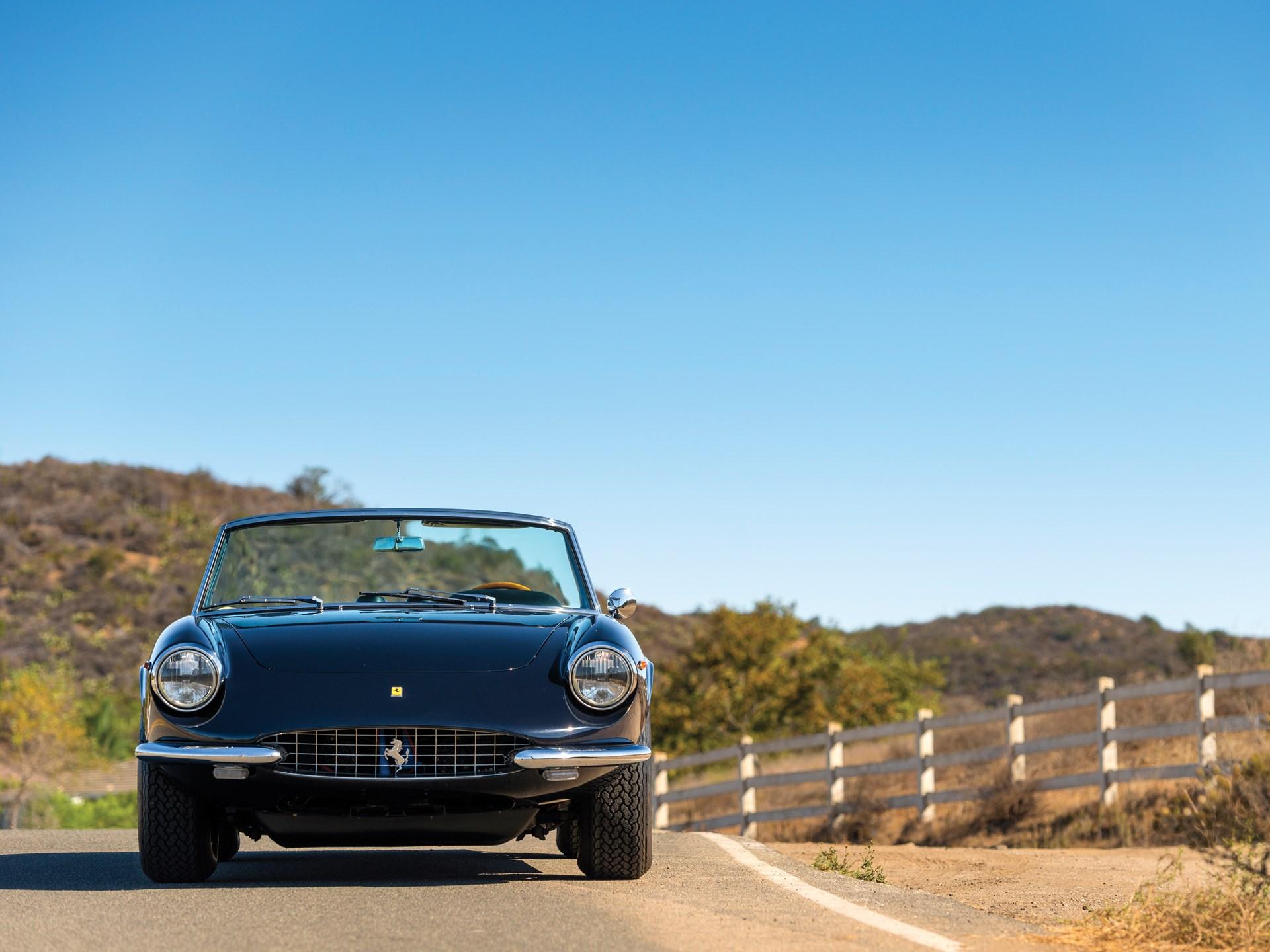 1969 Ferrari 365 GTS by Pininfarina