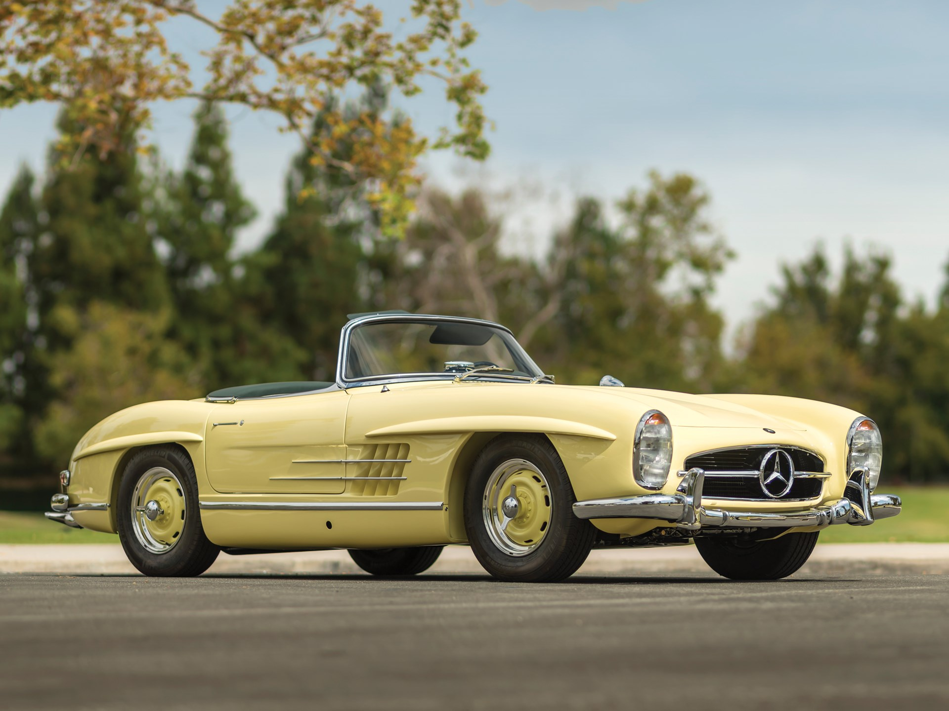 rm sotheby 39 s 1961 mercedes benz 300 sl roadster. Black Bedroom Furniture Sets. Home Design Ideas