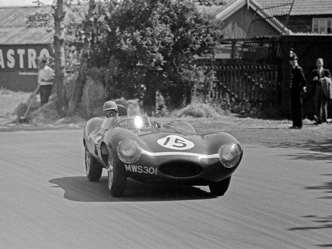 Chassis no. XKD 501 as seen at the 1955 British Grand Prix Sports Car Race.