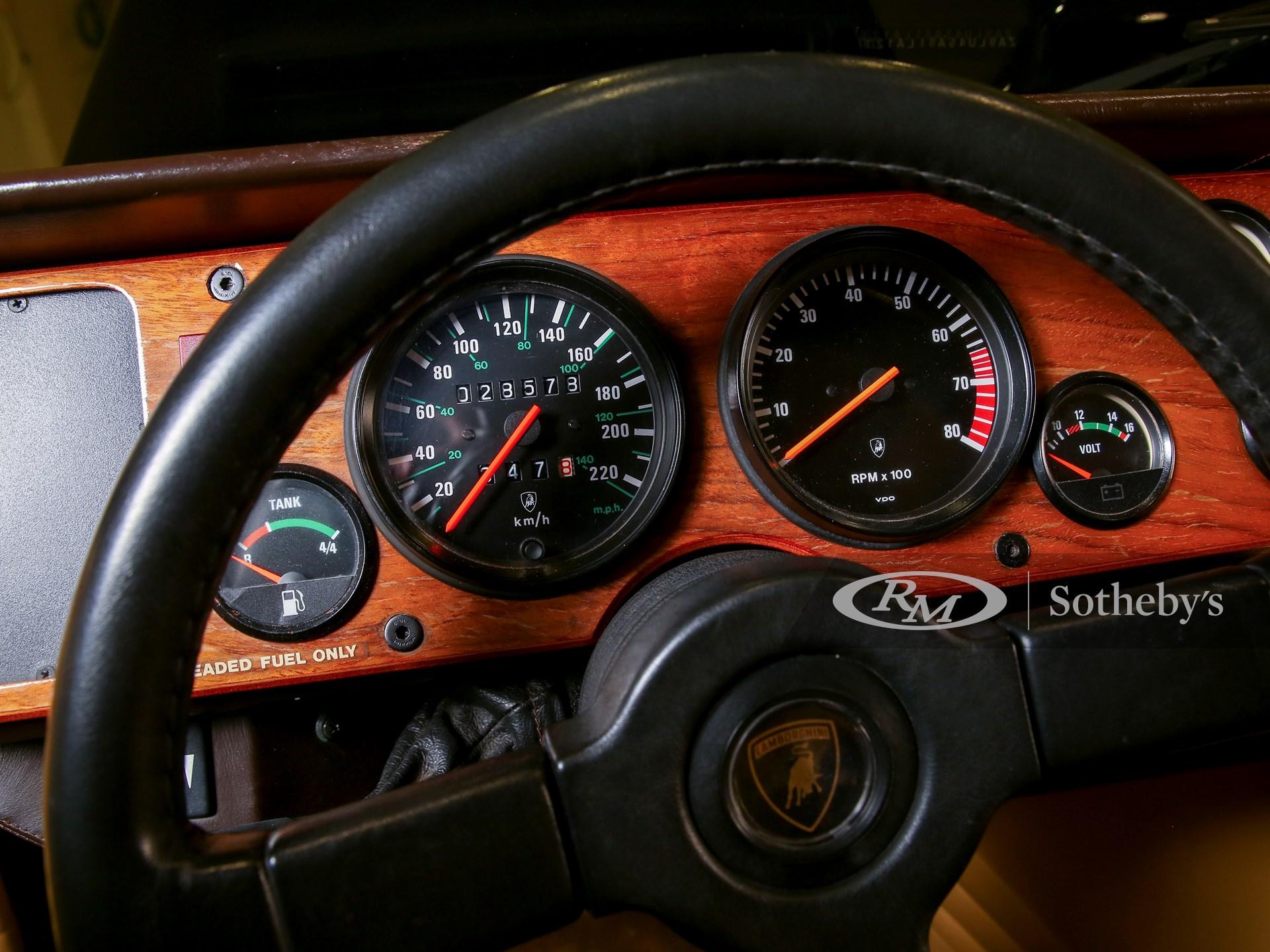 1992 Lamborghini LM002  -