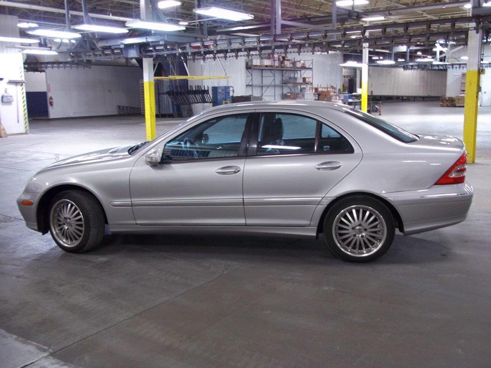 2001 Mercedes Benz E320
