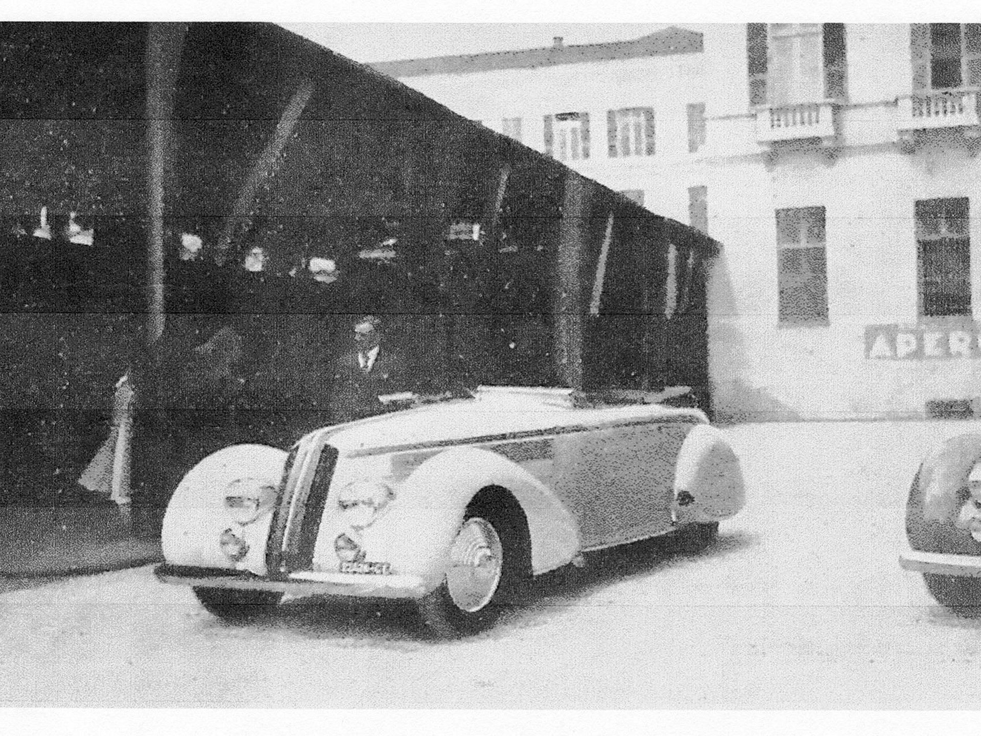 This cabriolet at the inaugural Concorso d'Eleganza per Automobili, San Remo, where it received a class award.
