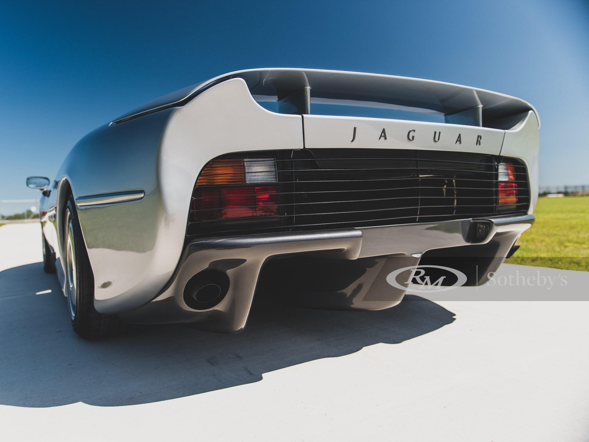 1993 Jaguar XJ220  -