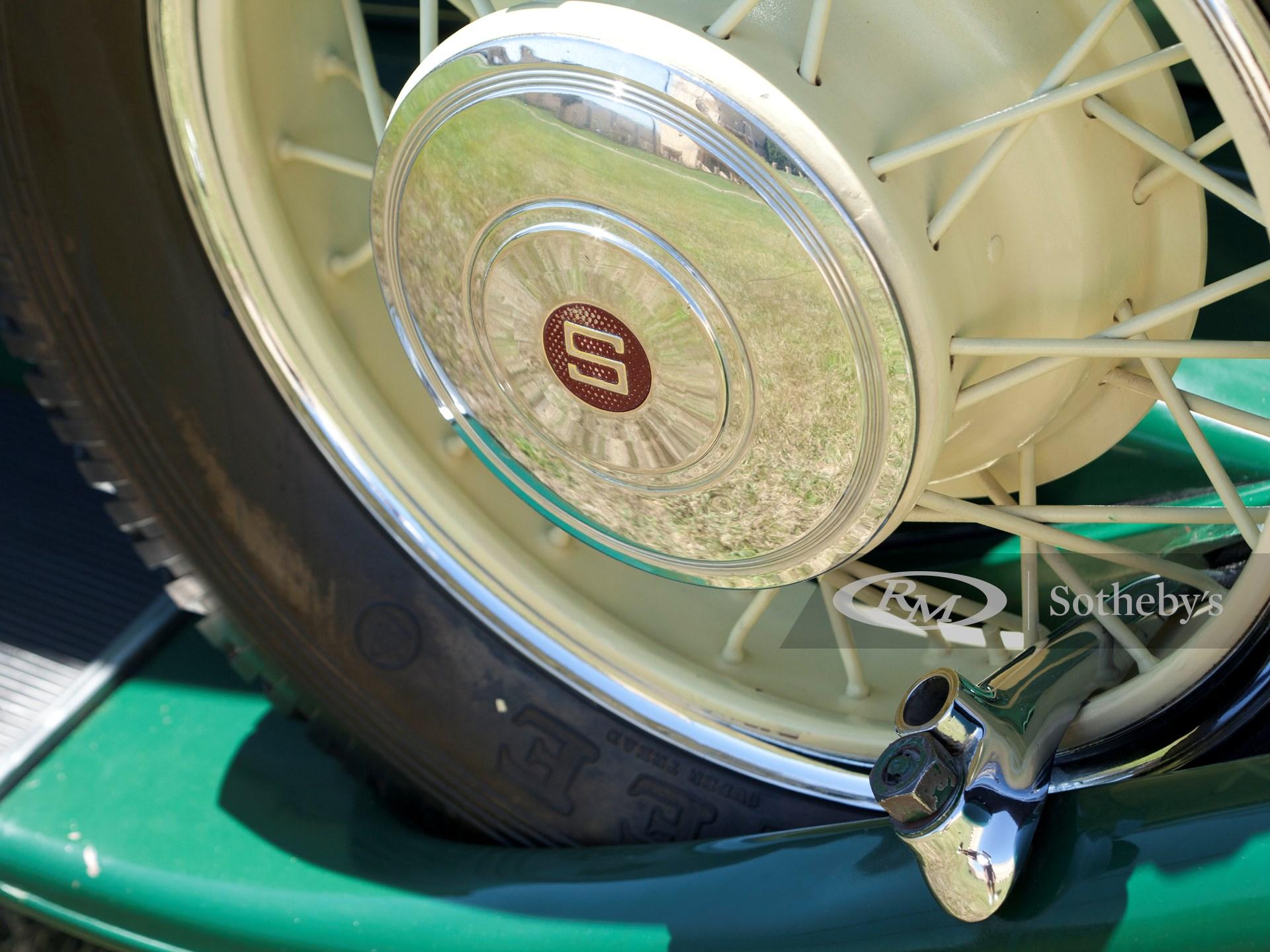 1931 Studebaker President Eight Four-Seasons Roadster  -