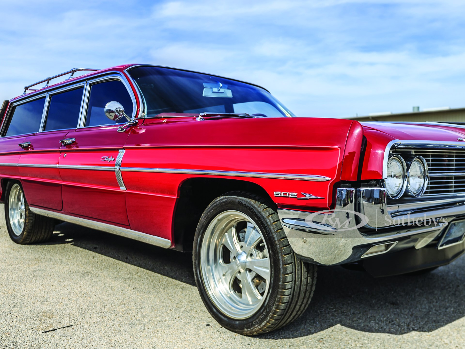 "1962 Oldsmobile Super 88 ""Starfire"""