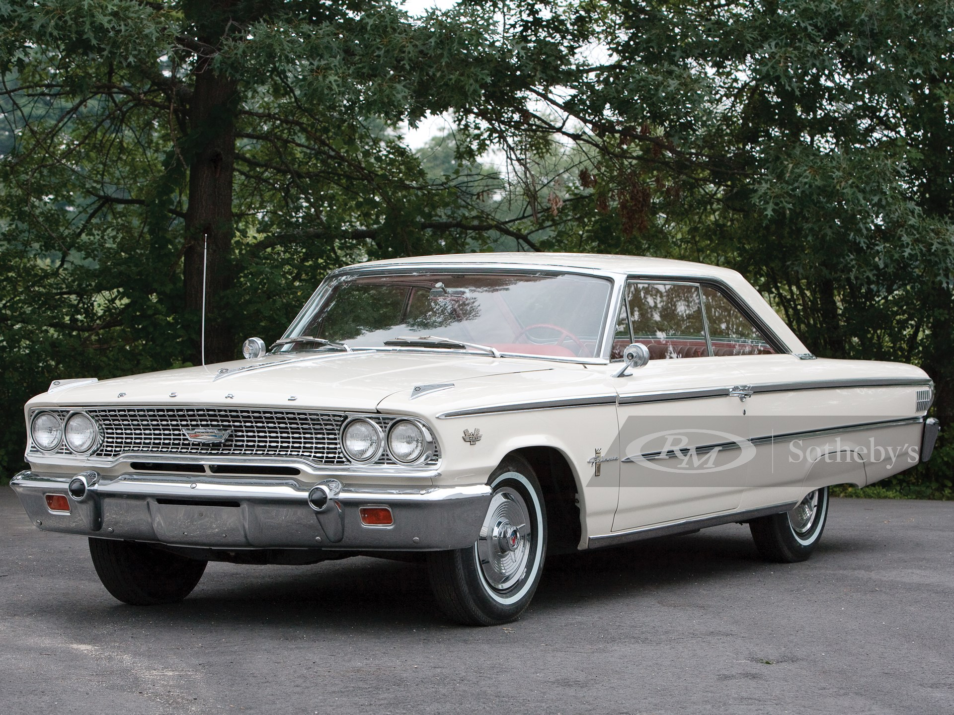 ©2009 Chip Riegel, all rights reserved; 1963-1/2 Ford Galaxy 427; Tewksbury MA; August 5 2009; photographed for Bonhams Brookline Auction