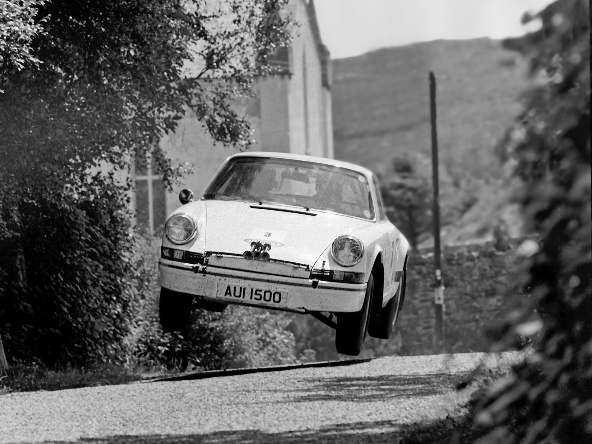 AUI 1500 en route to a victory at the 1974 Donegal International Rally.