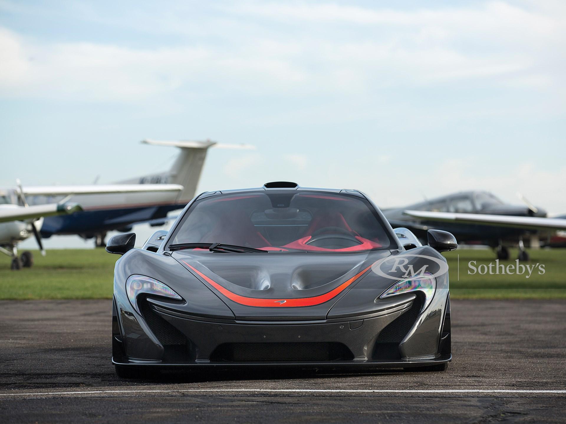 2014 McLaren P1  -