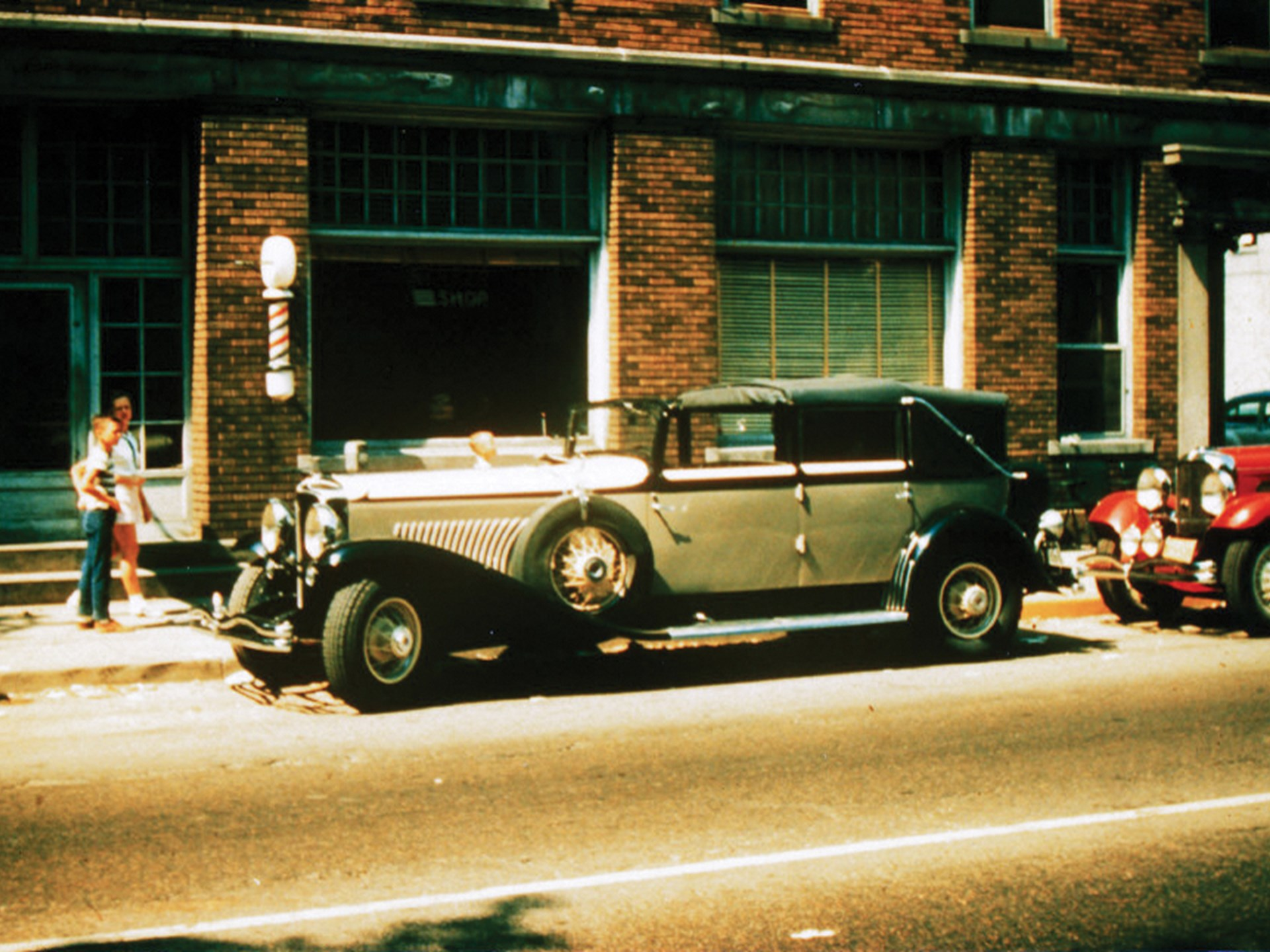 J-254 outside Joe Kaufmann's regular haunt, the Hotel Auburn, during the ACD Club National Reunion in the late 1950s.