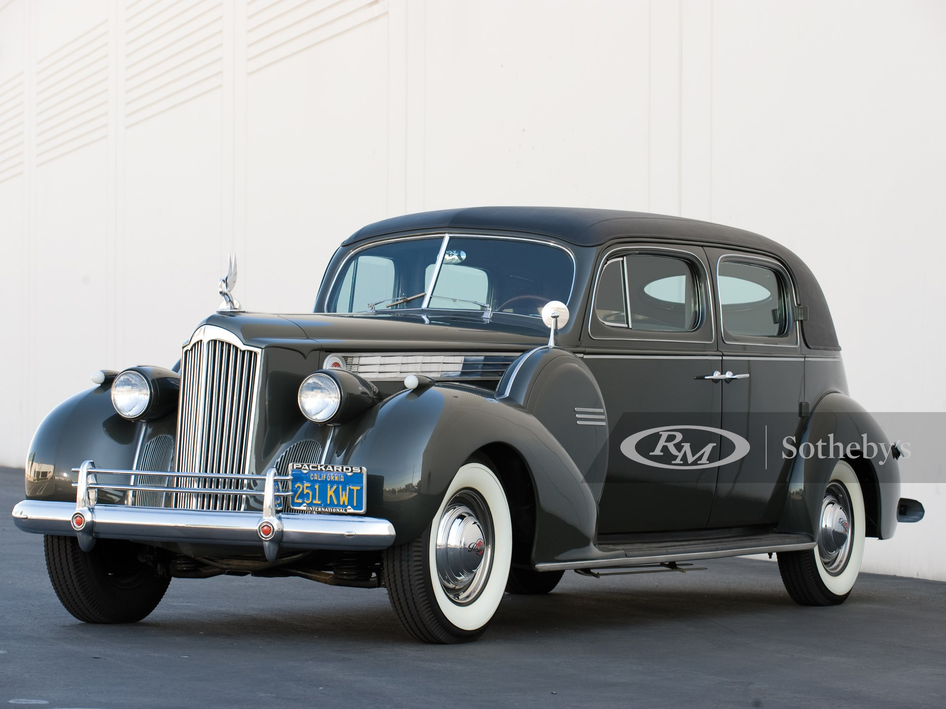 1940 Packard Super Eight Formal Sedan