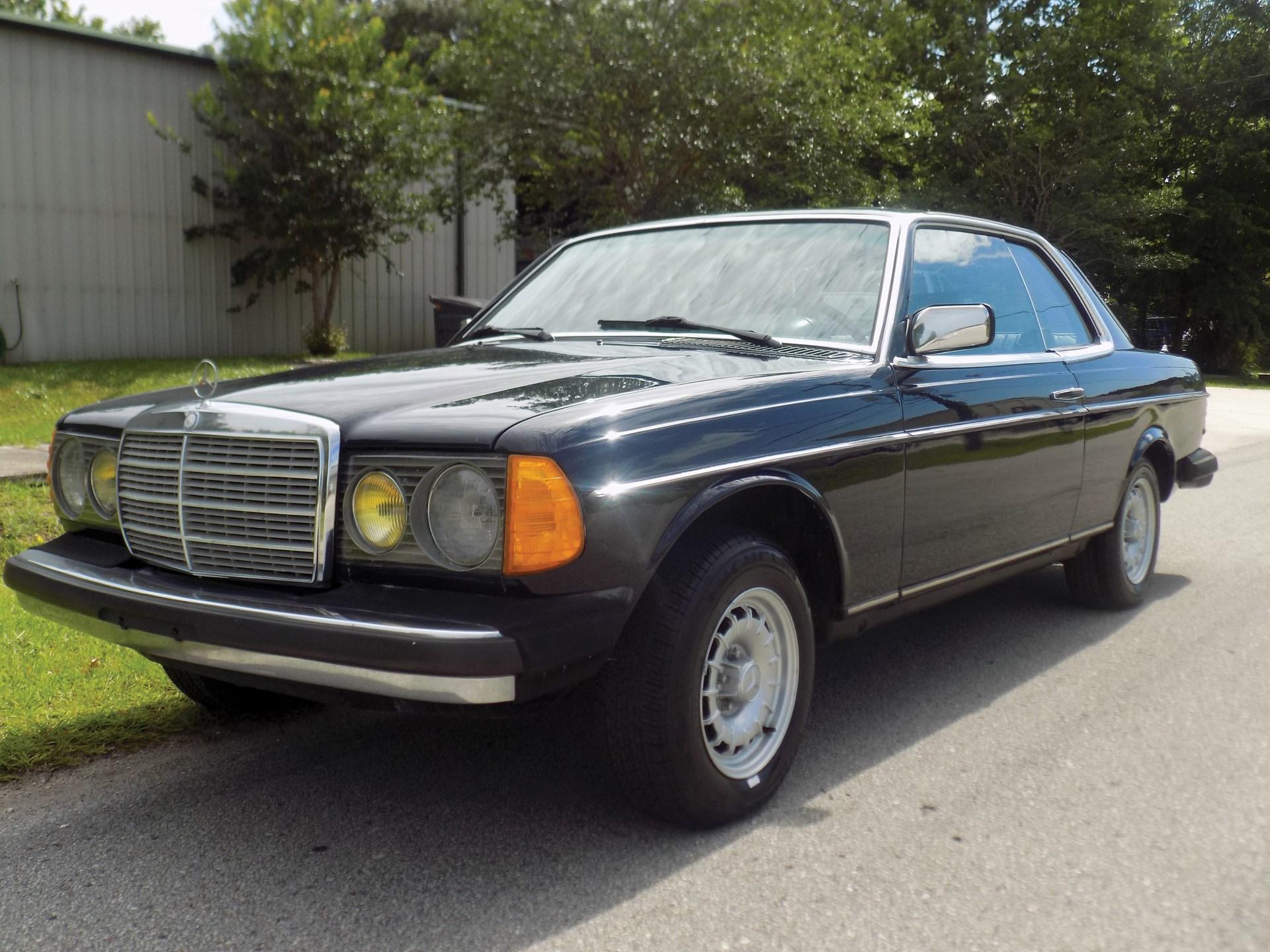 1983 Mercedes-Benz 300 CD