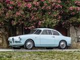1957 Alfa Romeo Giulietta Sprint Veloce Alleggerita by Bertone - $1/25, f 8, iso100 with a {lens type} at 145 mm on a Canon EOS-1D Mark IV.  Ph: Cymon Taylor