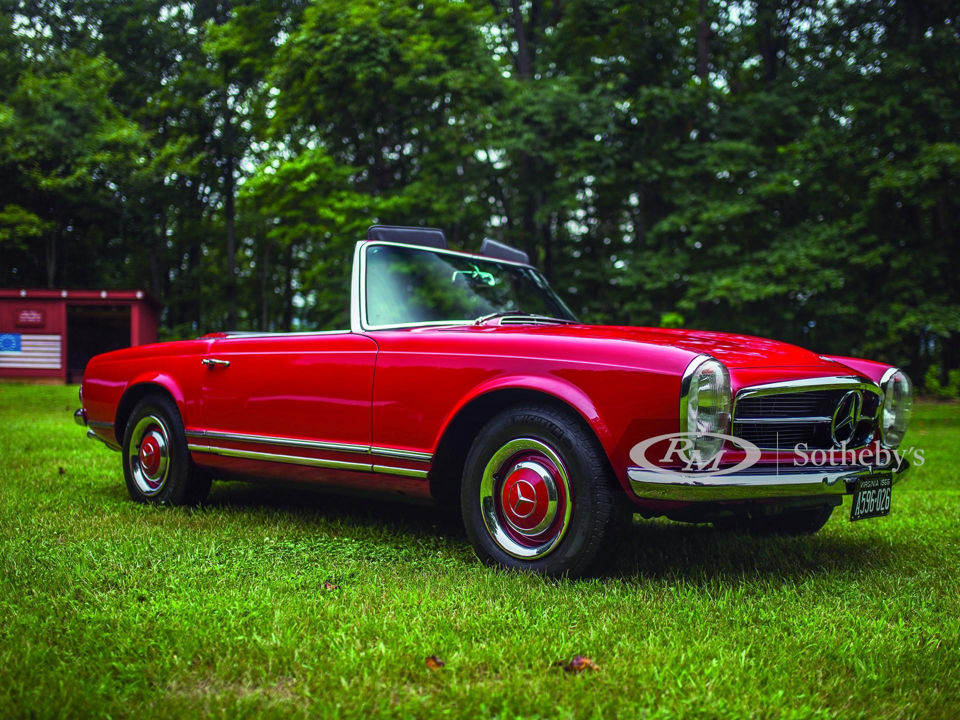 1966 Mercedes-Benz 230SL | Hilton Head 2016 | RM Auctions