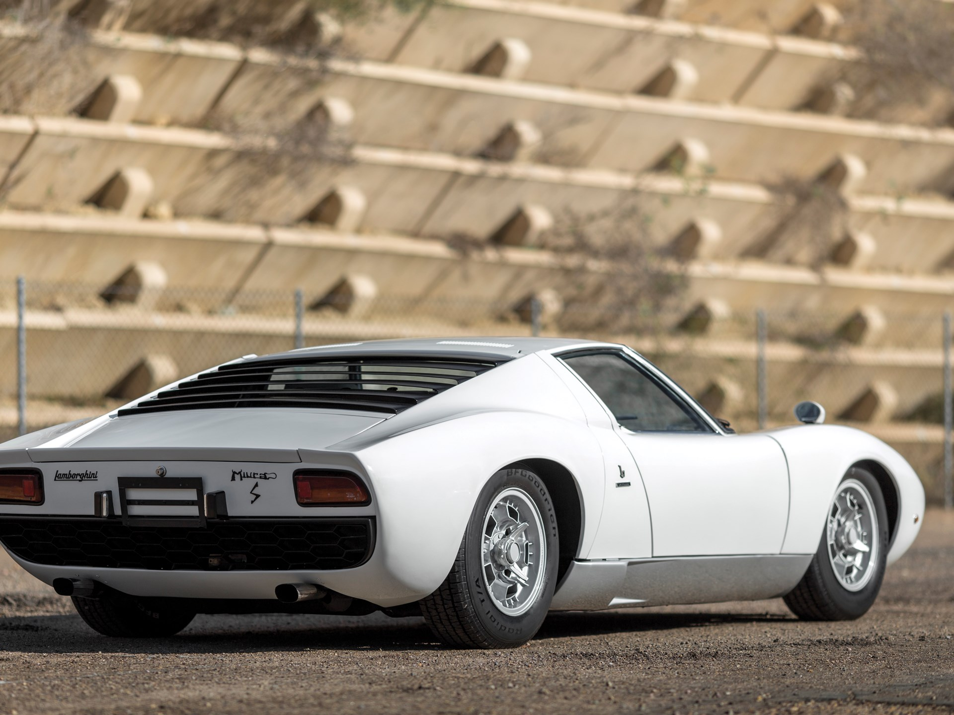 Rm Sotheby S 1971 Lamborghini Miura Lp400 S By Bertone Arizona 2016