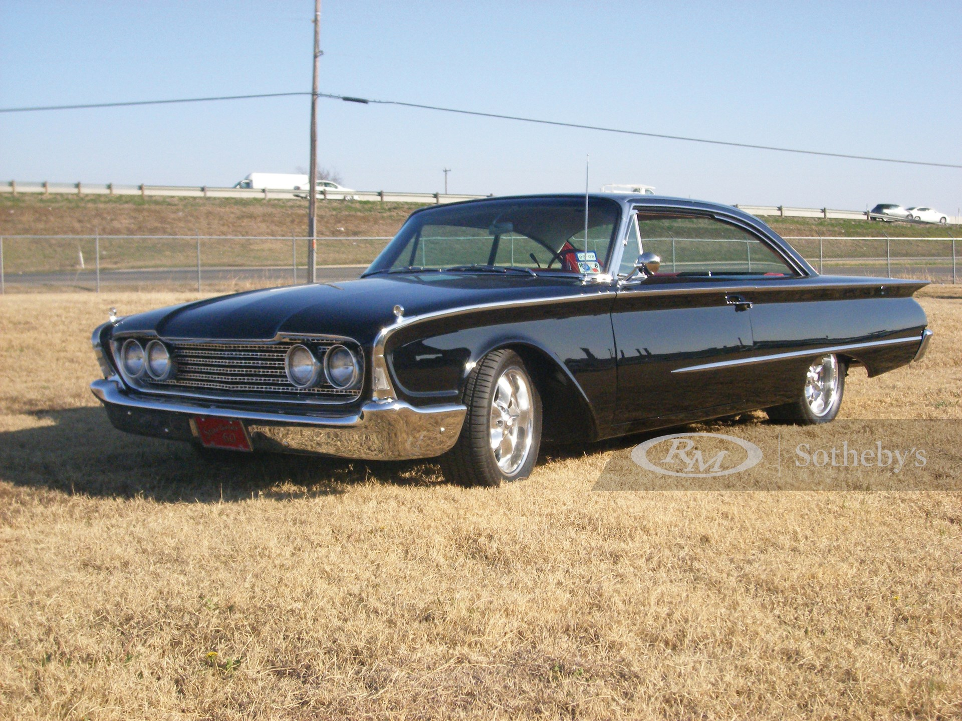 1960 Ford Galaxie Starliner Coupe