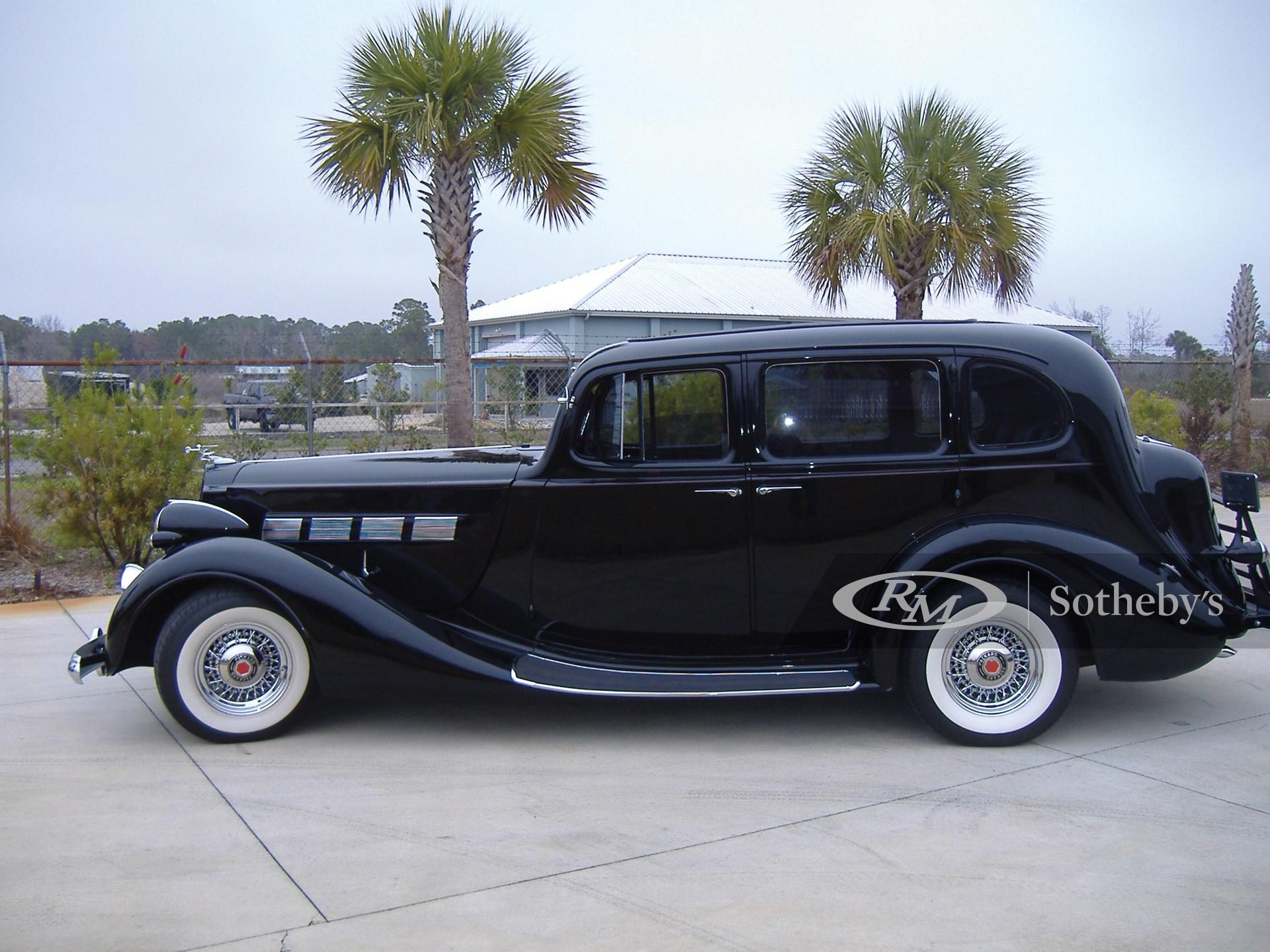1937 Packard Super 8 Touring