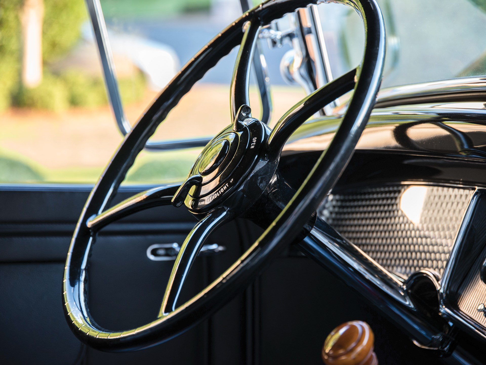 1931 Cadillac V-16 Roadster by Fleetwood