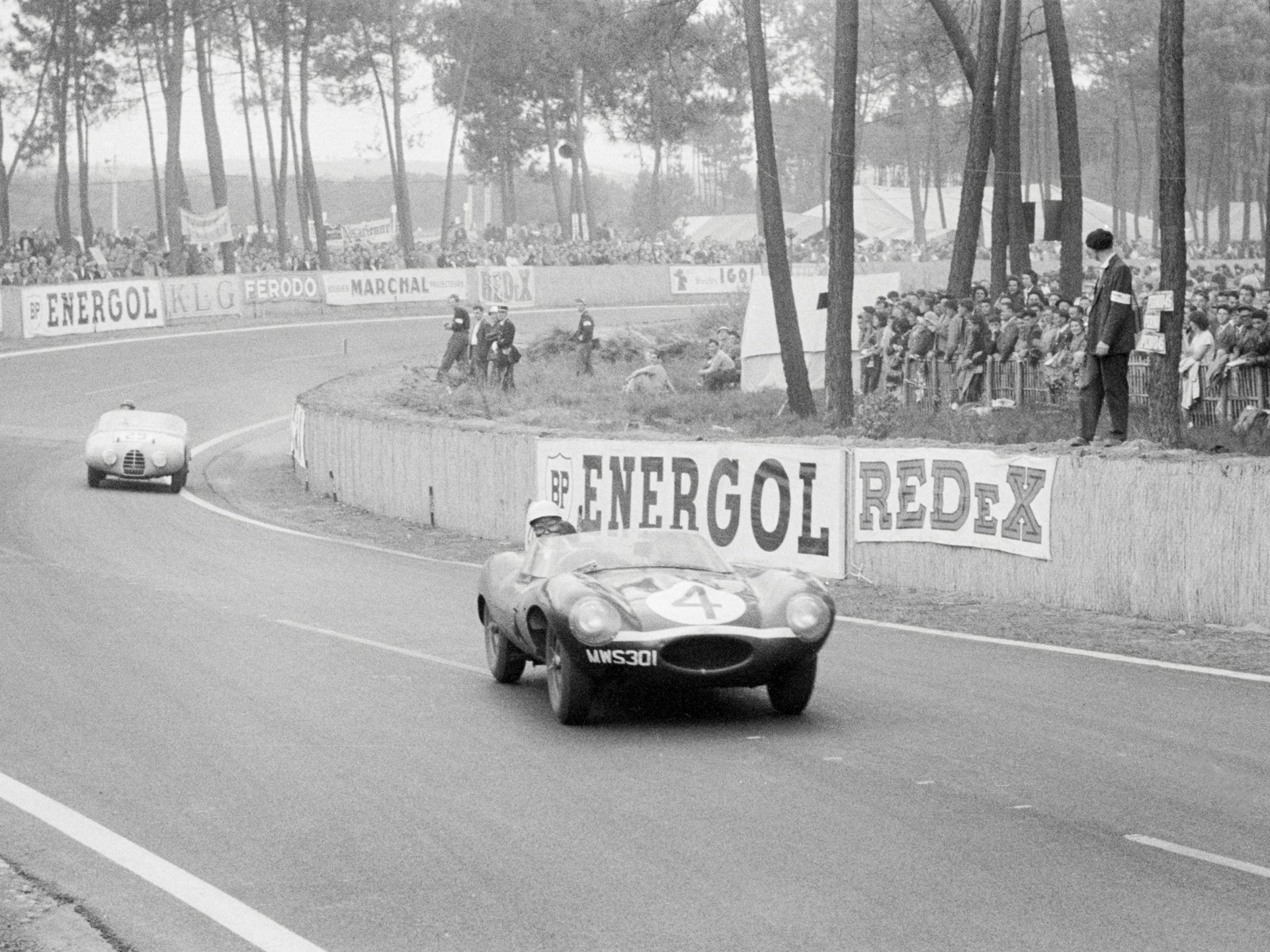 Chassis no. XKD 501 en route to a first place finish at the 1956 24 Hours of Le Mans.