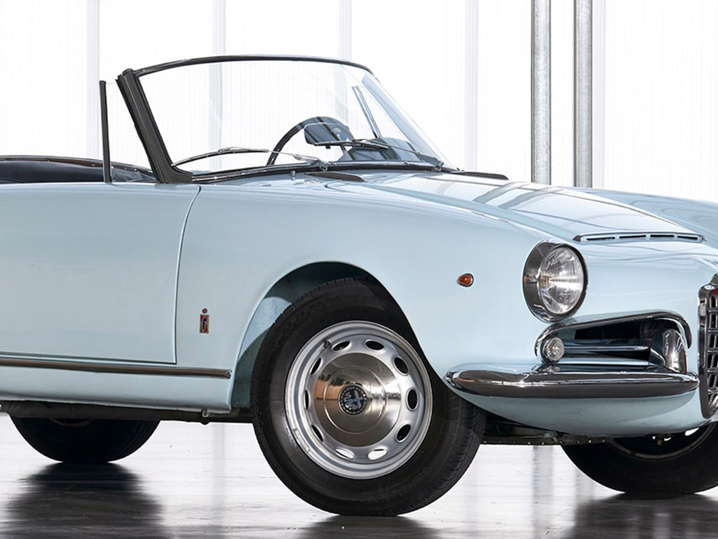 1965 Alfa Romeo Giulia 1600 Spider Veloce by Pininfarina offered at RM Sothebys Online Only Open Roads March Auction 2021