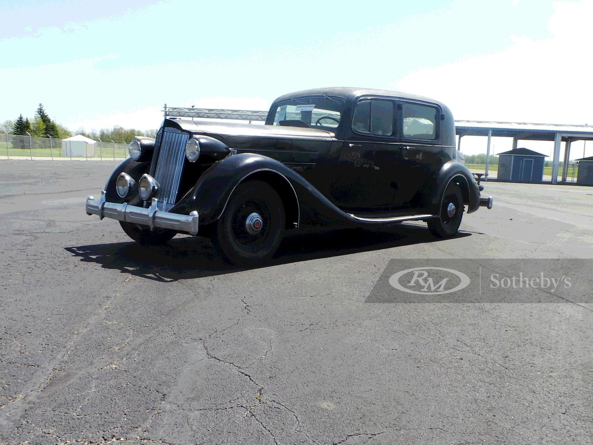 1936 Packard Eight Club Sedan